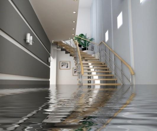 Hư hỏng các bình chứa nước gây ngập nhà